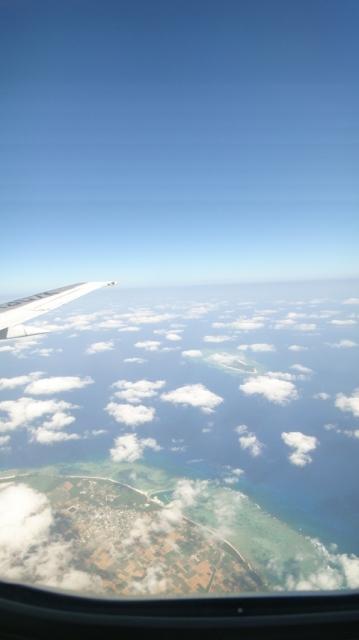 石垣島に向かう機内から